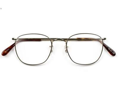 Savile Row Eyewear The Quadra系列光学镜架