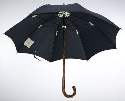 Lockwood OAK WOOD UMBRELLA WITH BLACK COTTON CANOPY直杆伞